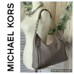 Gorgeous! Authentic Michael Kors Leather Handbag